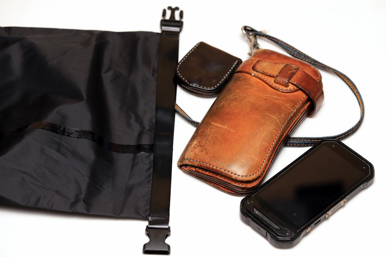 画像2: レインスーツの袋に汎用性を持たせたい!