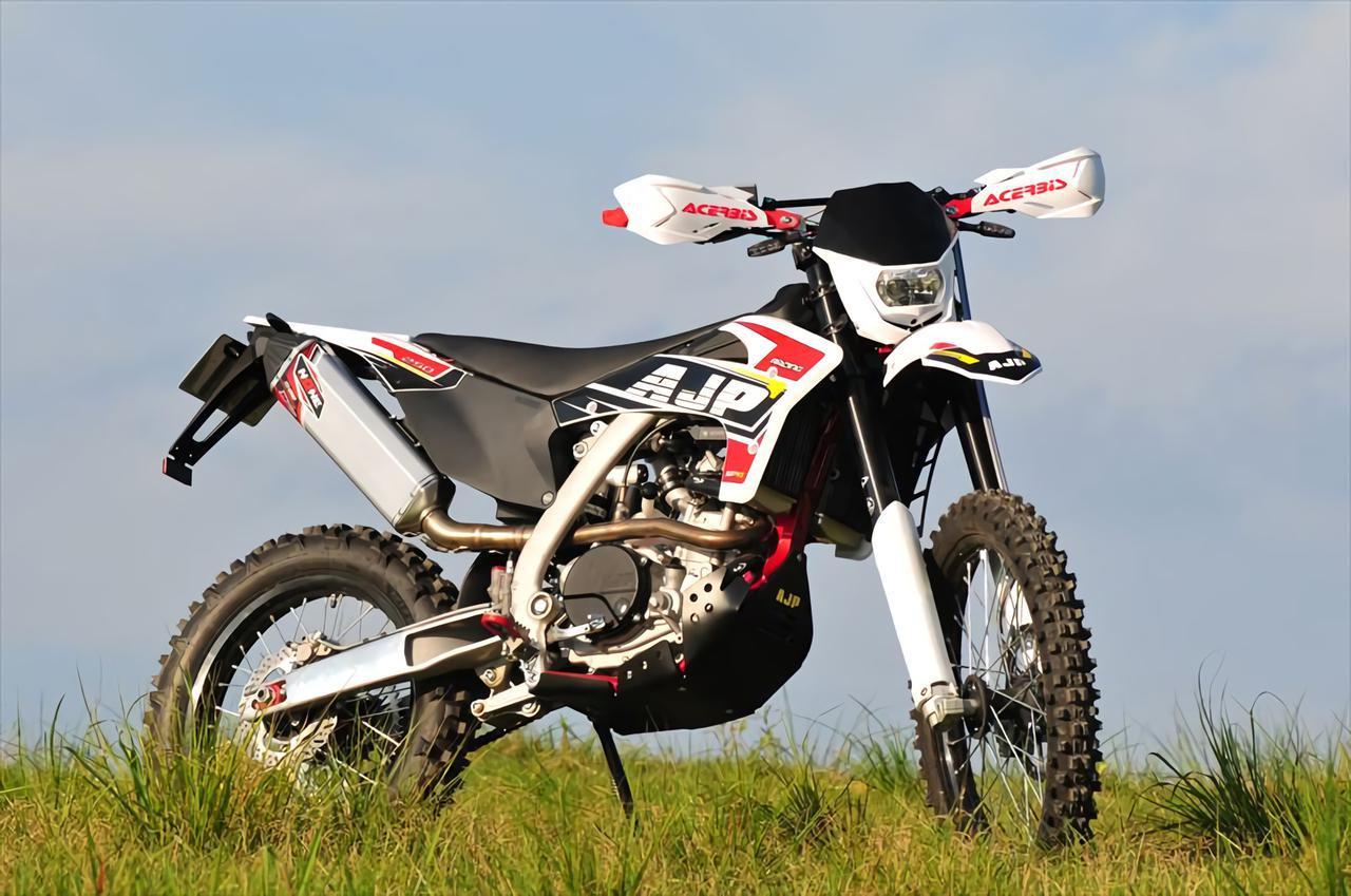 画像: AJP「SPR250」 - webオートバイ