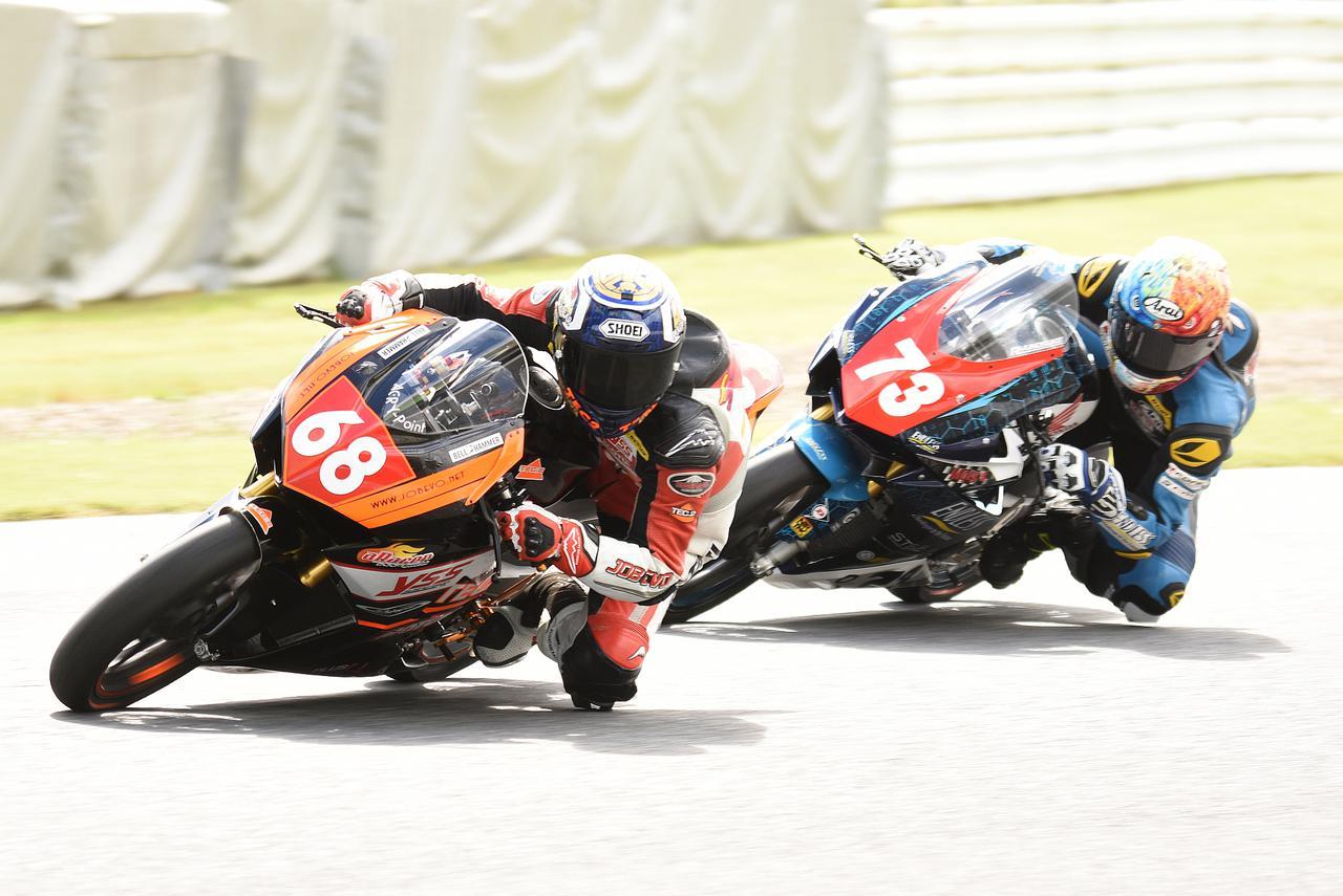 画像: 最終的に#68篠崎が0秒01差で#73中村を完封 今シーズンは篠崎サスケのシーズンでしたね