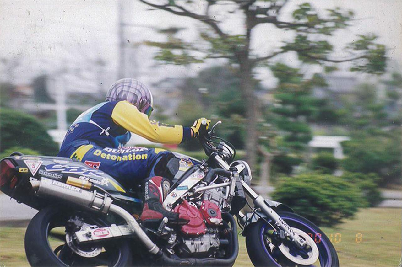 画像: 作田さんから提供していただいたカラー写真のCBR600F