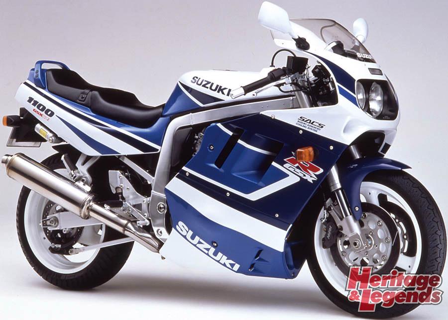 スズキGSX-R1100(1986~1998)の歴史07