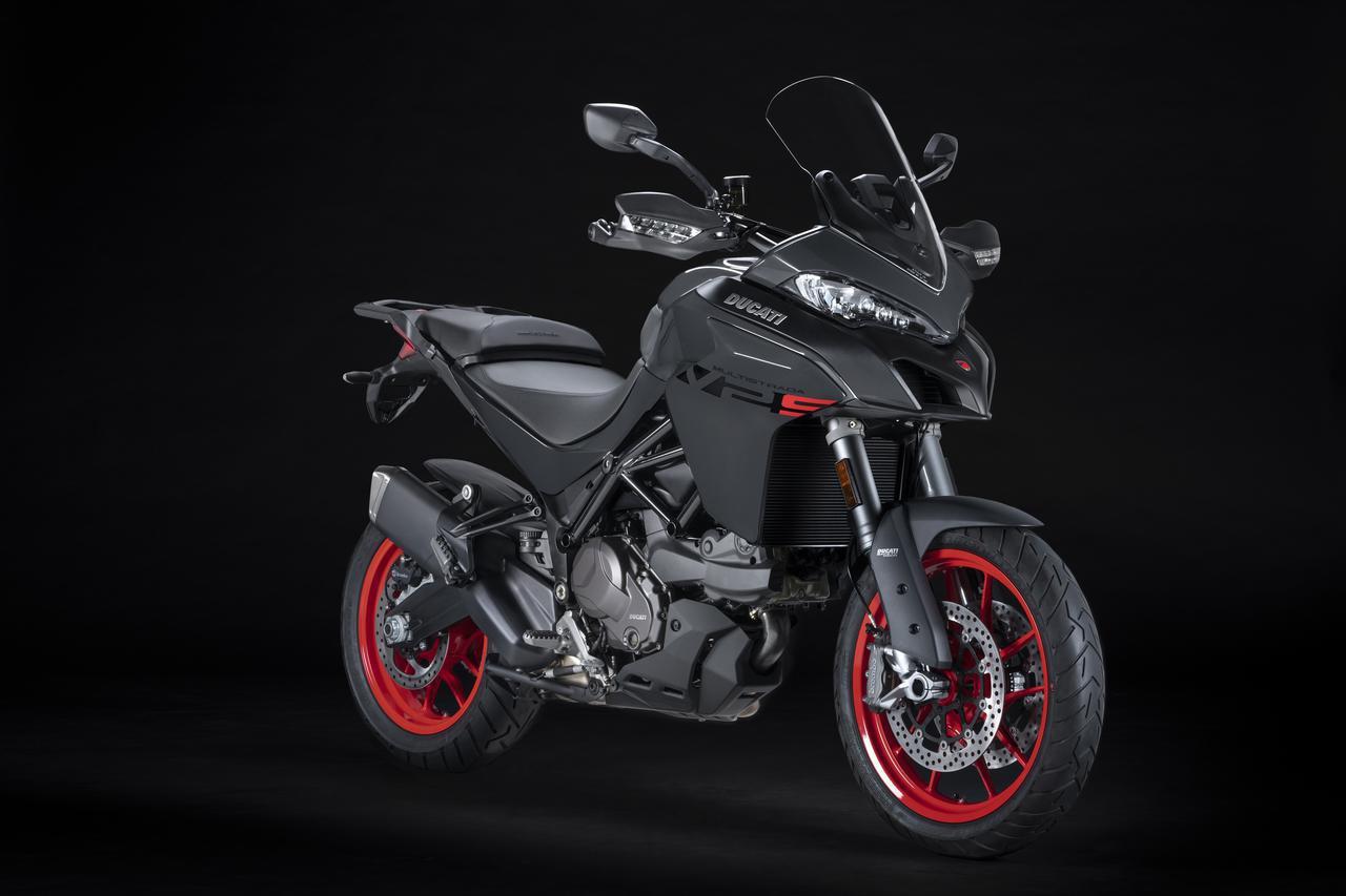 画像: Ducati Multistrada V2S 総排気量:937cc エンジン形式:水冷4ストDOHC4バルブL型2気筒 シート高:830mm 車両重量:225kg