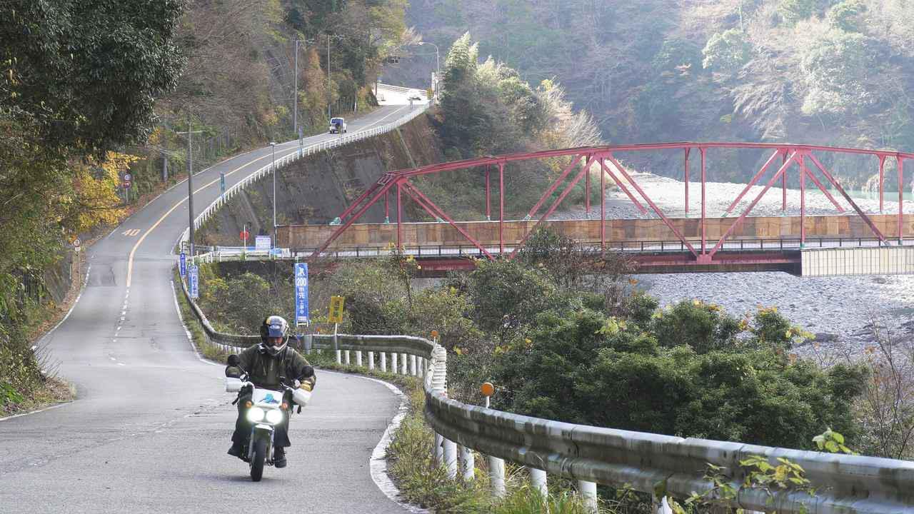 画像1: 鉄道ファンに人気の大井川上流部はツーリングライダーにもおすすめ