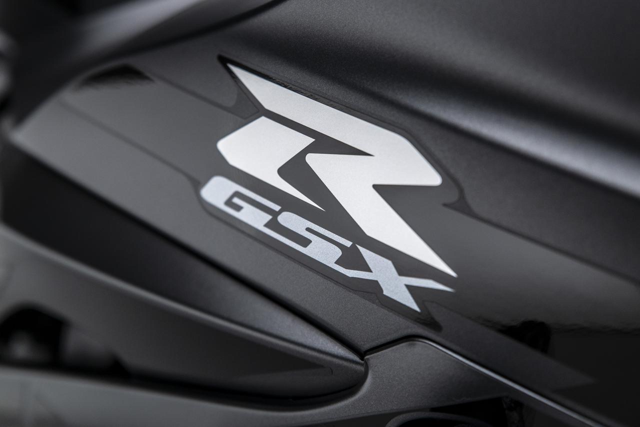 画像1: スズキ「GSX-R1000R ファントム」の特徴