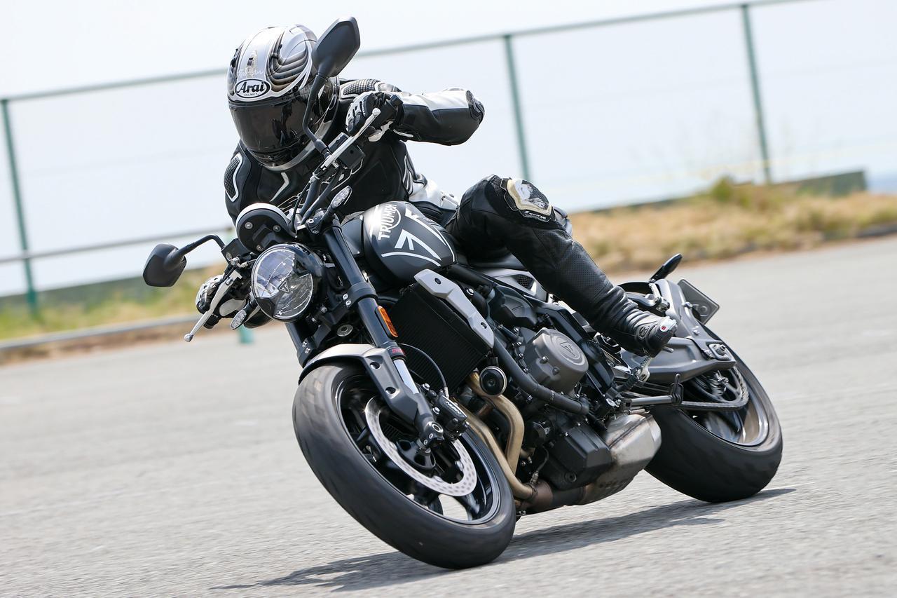 画像: 【インプレ】トライアンフ「トライデント 660」(2021年) - webオートバイ