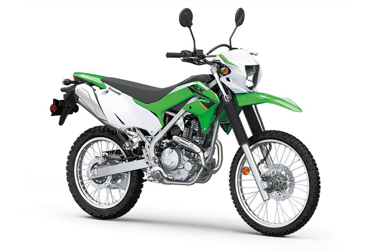 画像: Kawasaki KLX230S ABS 総排気量:233cc エンジン形式:空冷4ストOHC2バルブ単気筒 シート高:32.7インチ≒830mm 車両重量:297.7ポンド≒135kg