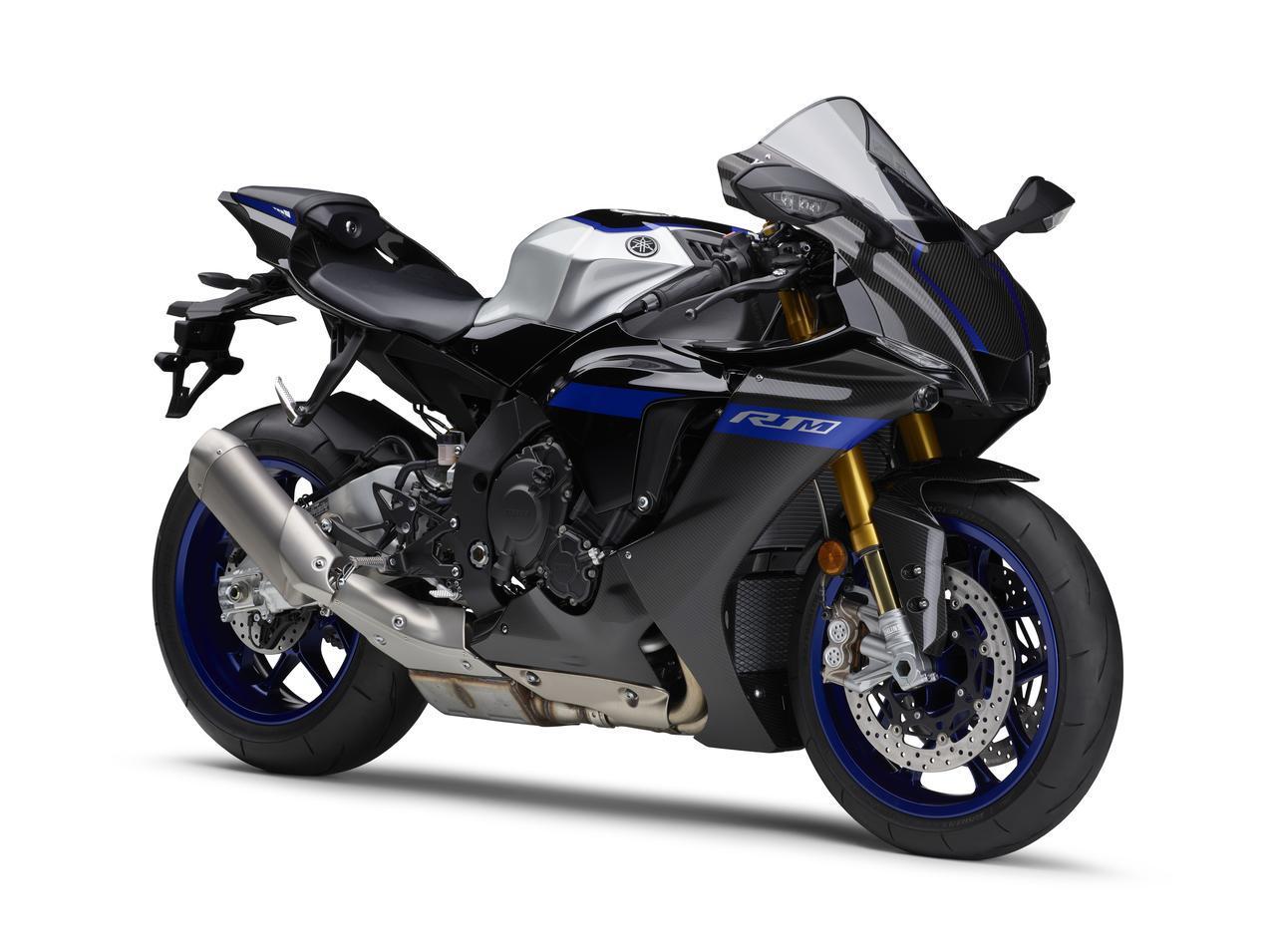 画像: YAMAHA YZF-R1M ABS 総排気量:997cc エンジン形式:水冷4ストDOHC4バルブ並列4気筒 シート高:860mm 車両重量:202kg カラー:ブルーイッシュホワイトメタリック2(カーボン)