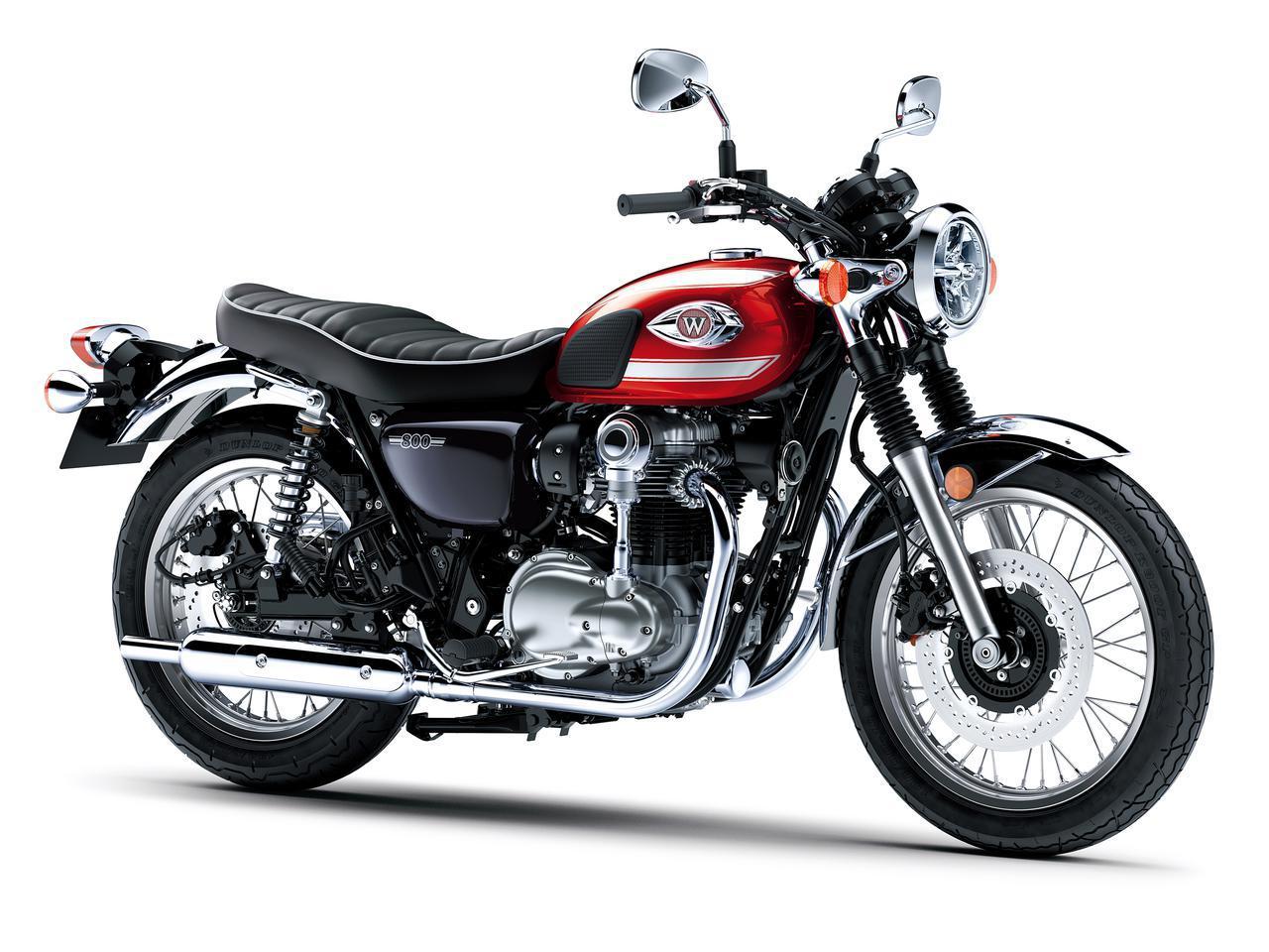 画像: Kawasaki W800 2022年モデル 総排気量:773cc エンジン形式:空冷4ストSOHC4バルブ並列2気筒 シート高:790mm 車両重量:226kg 発売日:2021年12月17日(金) 税込価格:117万7000円