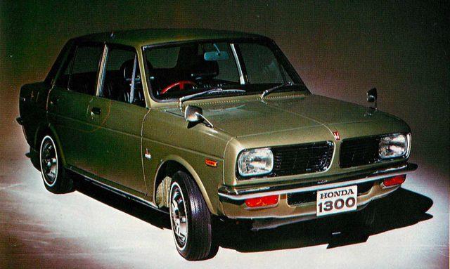 画像: ホンダ 1300(1969年モデル)