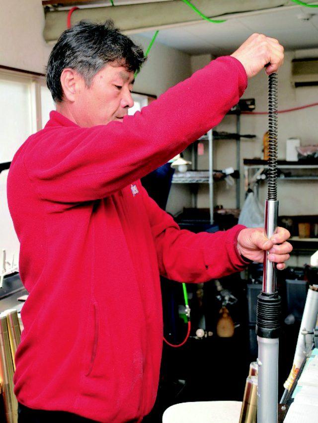 画像: オフロード界のレジェンド、TEス ポーツの東福寺さん www.motormagazine.co.jp