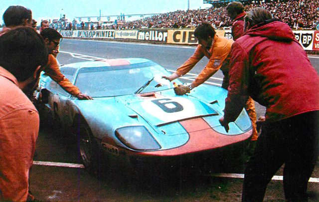 画像: フォード GT 40(1970年)