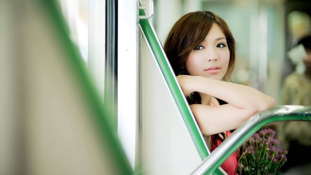 画像: 追いかけてヨコハマ(中島みゆき)を弾き語りました。 www.youtube.com