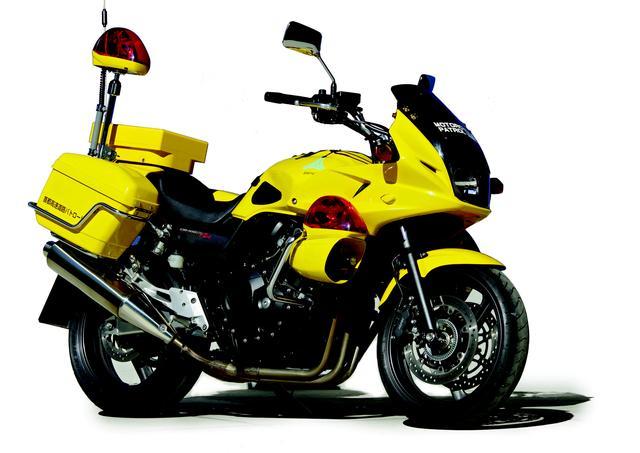 画像: HONDA CB400SB[首都高バイク隊仕様]/©モーターマガジン社