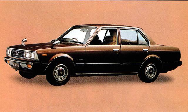 画像: コロナ4ドア2000CX(1980年)