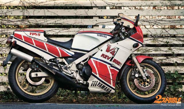 画像: ワークスYZR500レプリカはV型4気筒エンジン搭載の意欲作