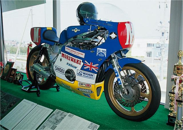 画像: 81年型モリワキモンスター(オートバイ Classics@モーターマガジン社) www.motormagazine.co.jp