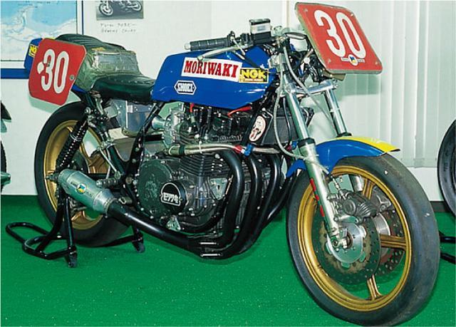 画像: スーパーバイクタイプのモリワキモンスター(オートバイ Classics@モーターマガジン社) www.motormagazine.co.jp