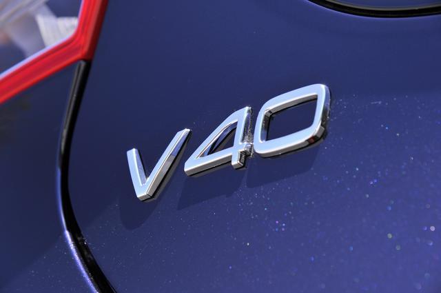 画像: ボルボのプレミアムコンパクト「V40」。