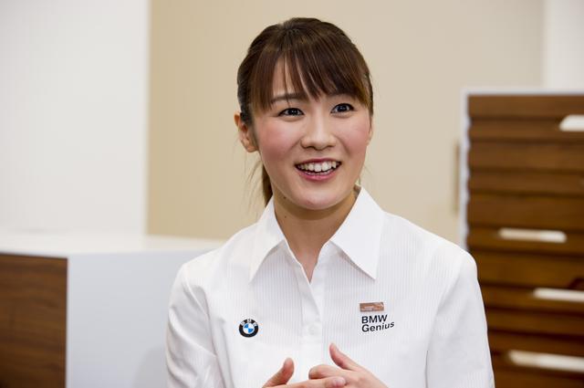 画像: 川島さんはフリーアナウンサーや受付嬢からBMWジーニアスに。