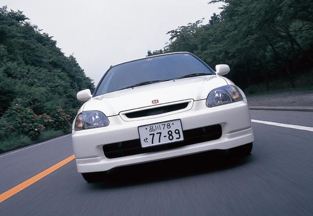 画像: 6000rpmでカムが切り替わるVTECパワーを高回転まで回せば、快感の走りを味わうことができる。 www.motormagazine.co.jp