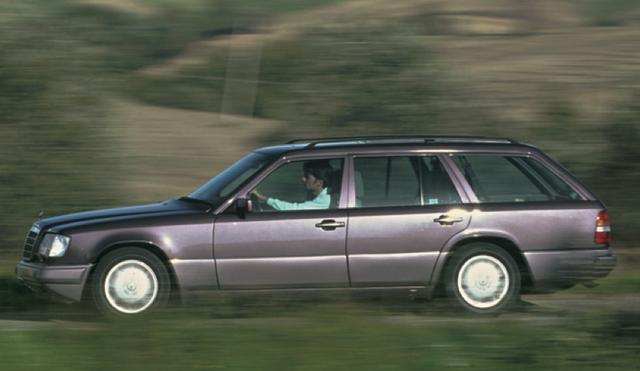 画像2: 「最高の実用車」メルセデス・ベンツのワゴンに乗るなら「S123型」or「S124型」どっち?【輸入車情報マガジン 輸入車道楽 SHALUCK】