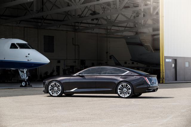 画像: 大胆なリフトバックデザインを採用したエスカーラは、ドライバーが走りを楽しむことができる車でもある。