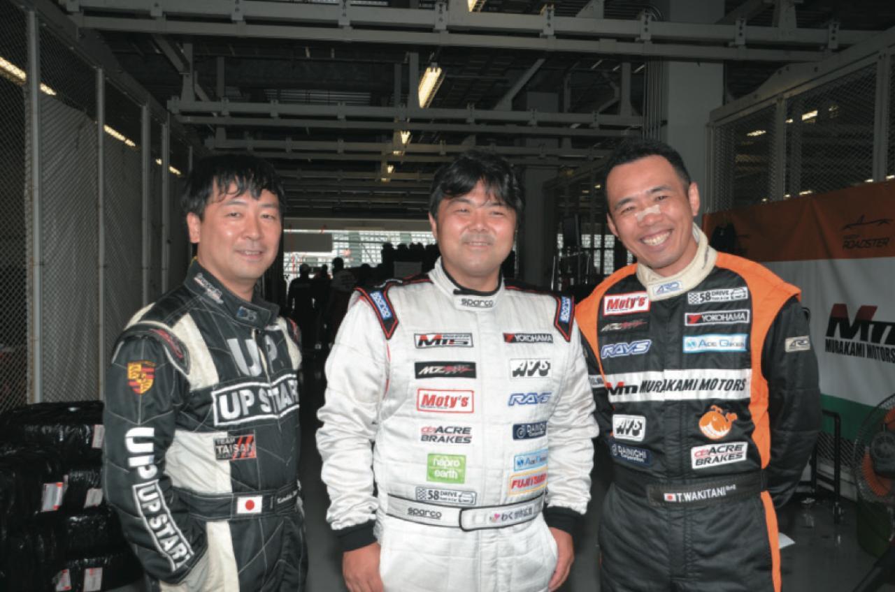 画像: もてぎとSUGOは左の筒井克彦選手と中央の村上博幸代表で戦い、第3戦の鈴鹿には右の脇谷猛選手も加わった。 www.motormagazine.co.jp