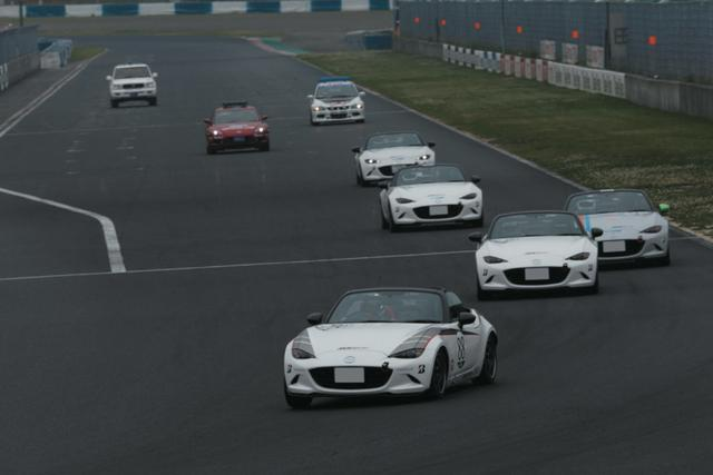 画像: 開幕戦は5台、第2戦は7台だった岡山の西日本シリーズ。12月の日本一決定戦を控えて、参加台数も増えることが予想される。 www.motormagazine.co.jp