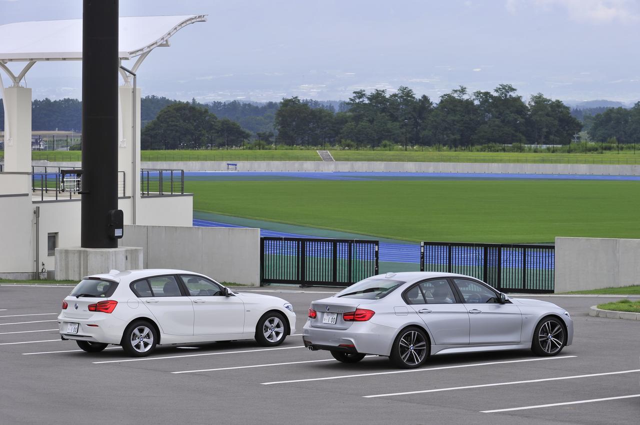 画像: 118dスポーツ(左)と320d Mスポーツ(右)。BMW+ディーゼルという提案は魅力たっぷりと言える。