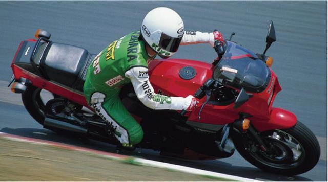 画像2: (オートバイ©モーターマガジン社) www.motormagazine.co.jp