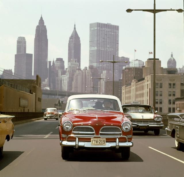 画像: 1956年から1970年の間にアマゾンは667,791台が生産された。