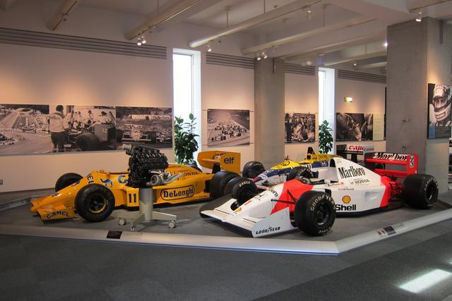 画像: 歴代のF1マシンがズラリ! ホンダのF1が強かった時代が懐かしい…?