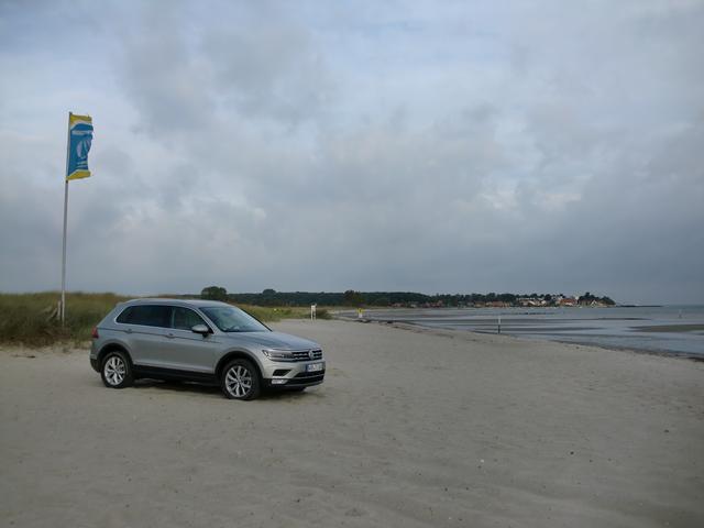 画像: ドイツ北部ヴァイセンの海岸線。本国でも多くの新型ティグアンを見かけた。