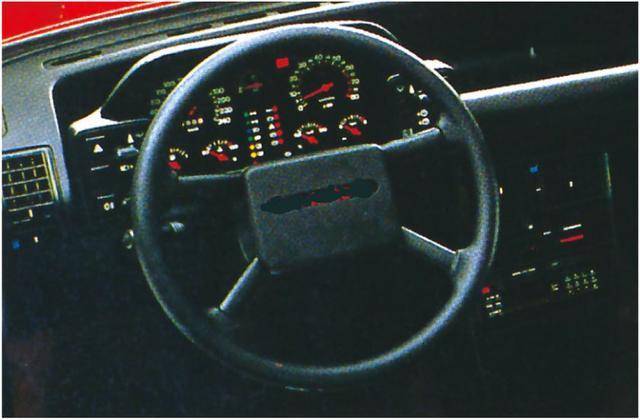 画像1: 【80'sボーイズレーサー×内装クイズvol.28】FIAT E-146A2のInstrument panelを当ててみよう。