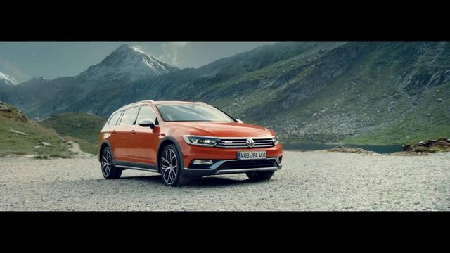 """画像: Volkswagen Passat Alltrack """"Rocky"""" commercial www.youtube.com"""