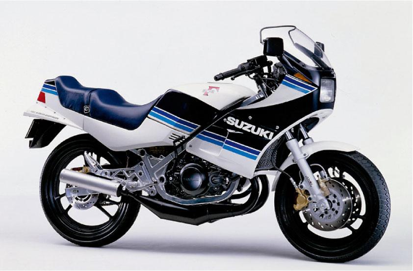 画像: 【1980年代】レーサレプリカブームの軌跡: 1983年に幕を開けた空前のレプリカ・ブーム - LAWRENCE - Motorcycle x Cars + α = Your Life.