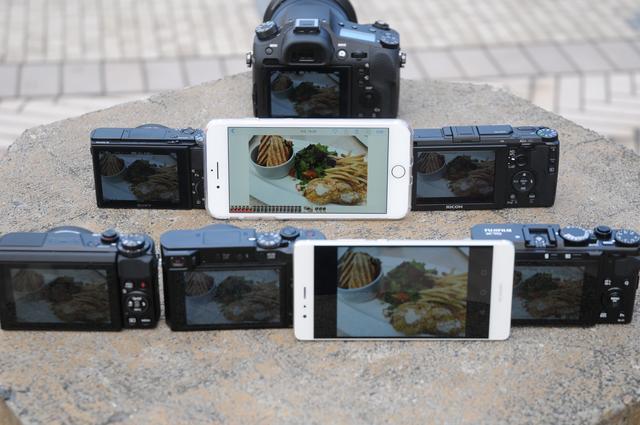 画像: 2列目中央がApple iPhone 7 Plus。他機種との差は歴然でした。