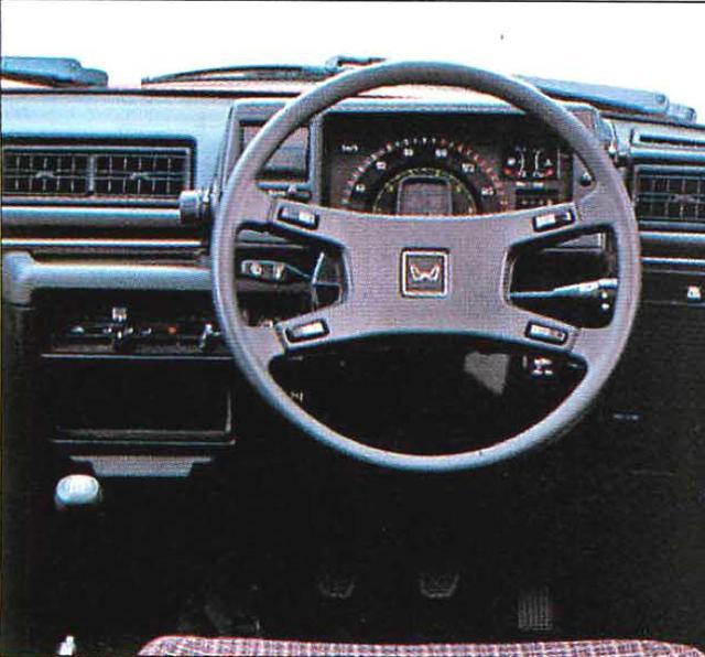 画像1: 1500 3ドアCX www.motormagazine.co.jp
