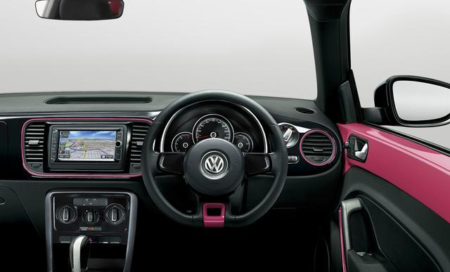 画像2: ボディカラーに「The Beetle」初のピンク色を採用