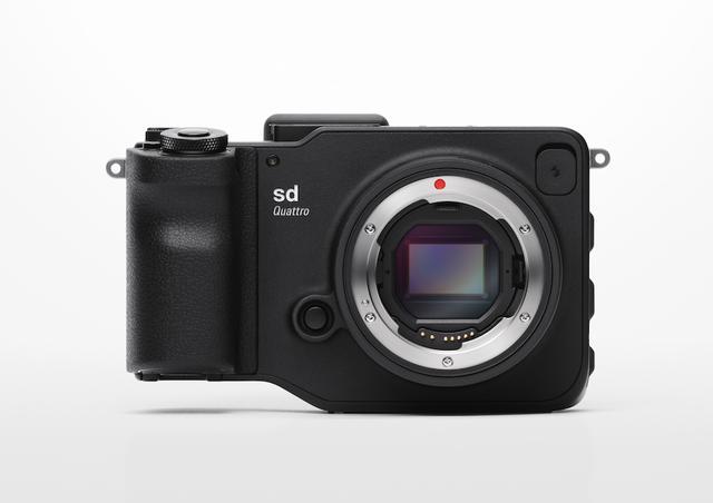 画像: レンズ交換式デジタルカメラ [sd Quattro System]