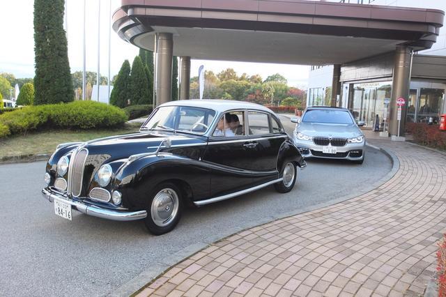 画像: BMWの新旧V8モデルを乗り比べるというなんとも贅沢な企画も用意されていた。感謝感謝。