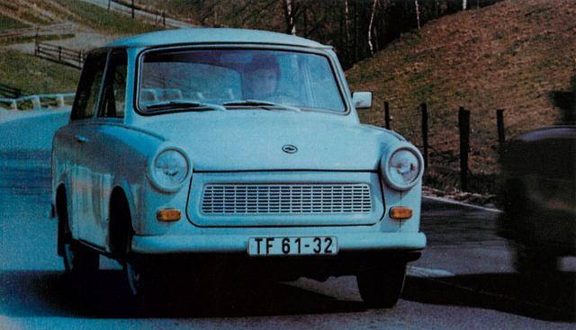 画像: トラバント 601(1982年)