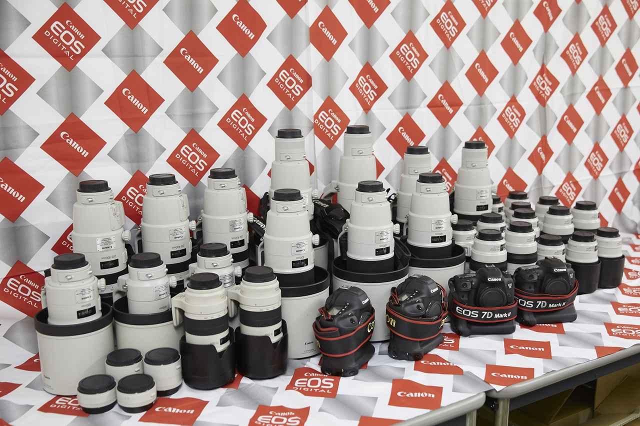 画像: 当日はキヤノンEOS を使い、最新のEFレンズで撮影できるのだ(当日の撮影機材は写真と異なる場合があります。写真は昨年開催された「日産スタジアム」でのものです)。