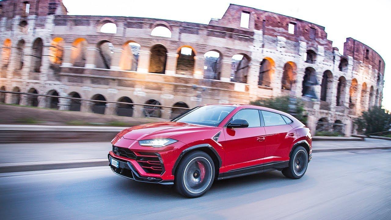 画像: Lamborghini Urus on the streets of Rome www.youtube.com
