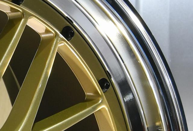 画像: 新しい「BKBD」はよりスッキリした上質感の表現を狙っている。価格はプラス5000円だ。