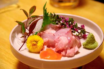 画像: 釜石で獲れるタラの一種、ドンコの刺し身