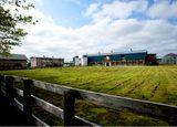 画像: 五所川原農林高校の農場。国内屈指の敷地面積を誇る。