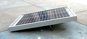 画像: 増田氏が提案したスタンドを実装したソーラーパネル