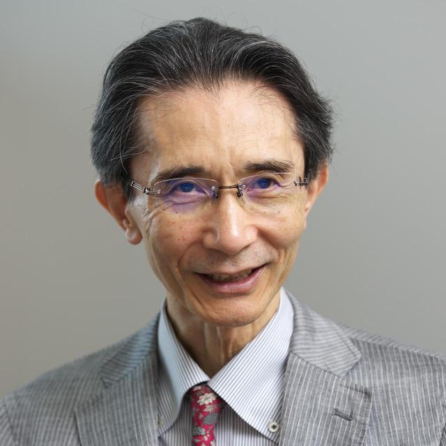 画像: 西垣 通 氏 東京経済大学 コミュニケーション学部 教授。東京大学名誉教授。工学博士。 1948年東京都生まれ。東京大学工学部計数工学科卒業。日立製作所に入社、コンピュータ・ソフトの研究開発に携わる。その間、スタンフォード大学で客員研究員、その後、東京大学大学院情報学環教授などを経て2013年より現職。専攻は情報学・メディア論。著書に『集合知とは何か』(2013年)、『ビッグデータと人工知能』(2016年)など多数。