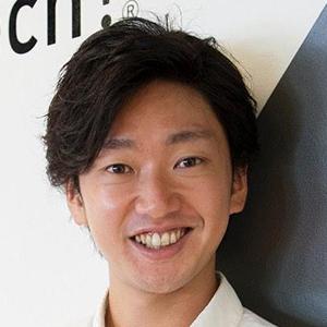 画像: 水野雄介 -Yusuke Mizuno- 1982年生まれ。大学で理工学を学んだ後、大学院に進学。並行して開成高等学校で非常勤講師を務める。大学院修了後、人材系コンサルティング会社を経て起業。中高生を対象にしたIT教育プログラムを開発し、2011年に「Life is Tech ! 」として始動した。2014年には世界中のICT教育組織から選出される「Google RISE Awards」を東アジア地域で初めて受賞。2016年までに延べ1万4000人の中高生が参加した国内最大級のIT教育プログラムとして、ビジネス界・教育界から期待と注目を集めている。著書に『ヒーローのように働く7つの法則』(角川書店刊)がある。